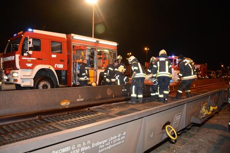 Einsatz der Rettungskräfte auf der Rollenden Landstraße
