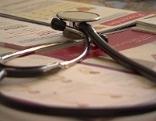 Stetoskop Arzt Symbolbild