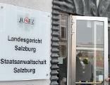 Eingang des Ausweichquartiers des Landesgerichts Salzburg in der Weiserstraße