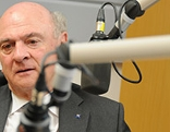Landeshauptmann Erwin Pröll beim Interview