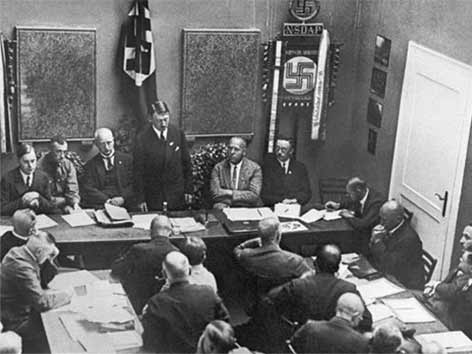 NSDAP Adolf Hitler holokavst
