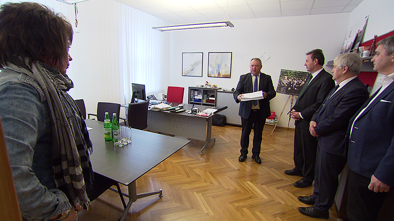 Bauernbund übergibt Unterschriften an den Landtagspräsidenten