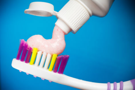 Zahnbürste Zahncreme