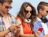 Jugendliche Smartphones