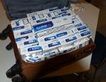 Schmuggel Zigaretten in Reisekoffer