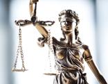 Recht Gericht Rechtsprechung Justitia