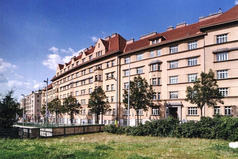 Gemeindebau Metzleinstaler Hof