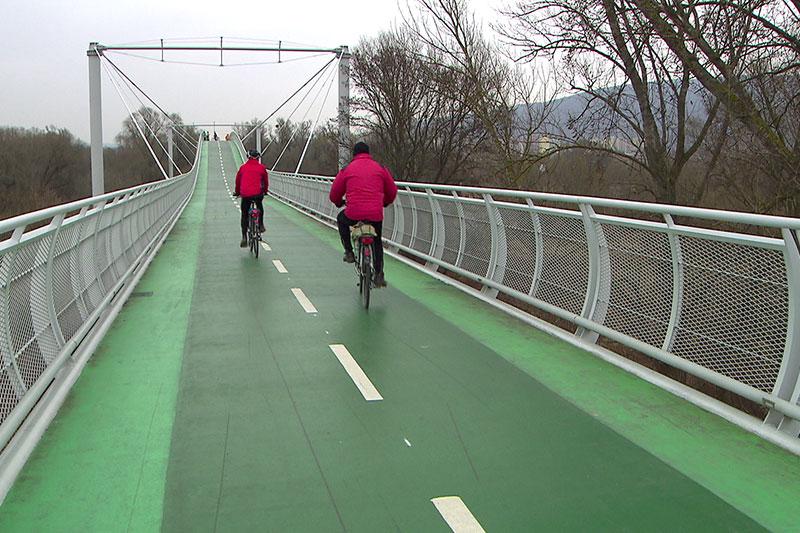Fahrradbrücke  Engelhartstetten