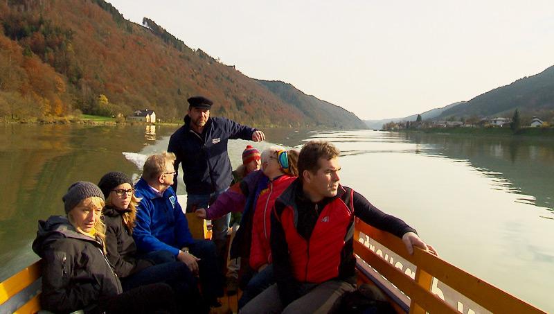 """Erfahrungsaustausch mit Naturvermttlern des Projektes """"Naturschauspiel"""" auf der Donauzille"""