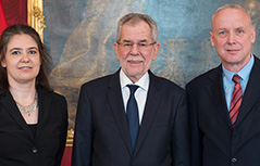 Alexander Van der Bellen zvezni predsednik sosvet Bernard Sadovnik podpredsednica Susanne Weitlaner