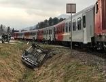 Zug gegen Pkw Lambichl