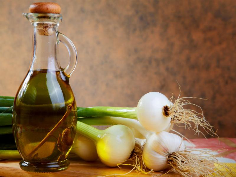 Zwiebel und Olivenöl