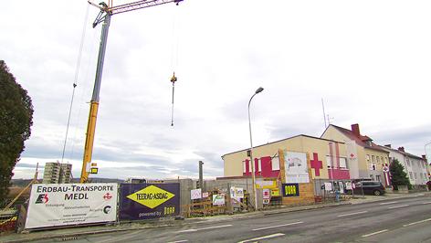 novi grad črljeni križ nova zgrada