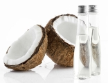 Kokosnuss und Öl