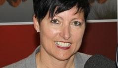 Moderatoren Volksmusik Stefanie Holaus