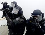 """Polizisten der Sondereinheit """"Einsatzkommando Cobra"""""""