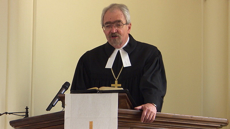 Manfred Koch beim Karfreitagsgottesdienst in Neufeld an der Leitha
