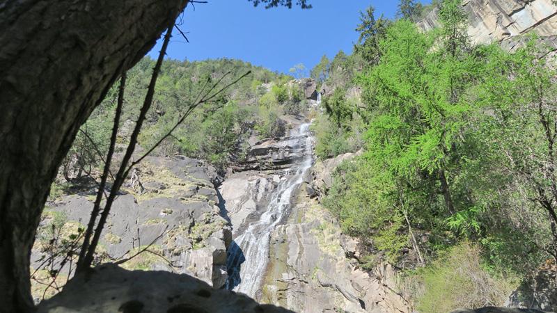 Wanderung zu den Wasserfällen Barbian