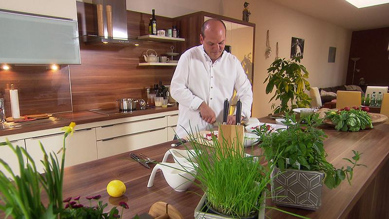Rene Tauber beim Kochen