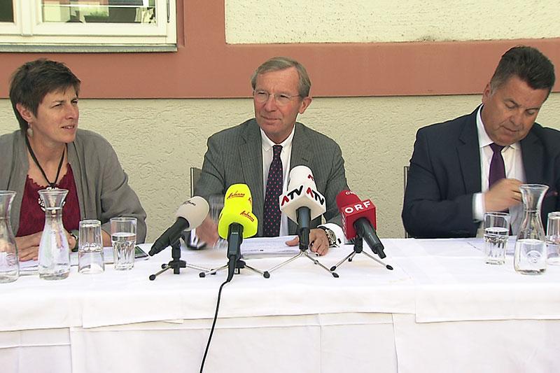 Astrid Rössler, Wilfried Haslauer und Hans Mayr (v.l.n.r.) bei Pressekonferenz