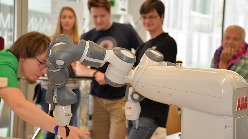 Robo Jam Roboter als Therapiehelfer