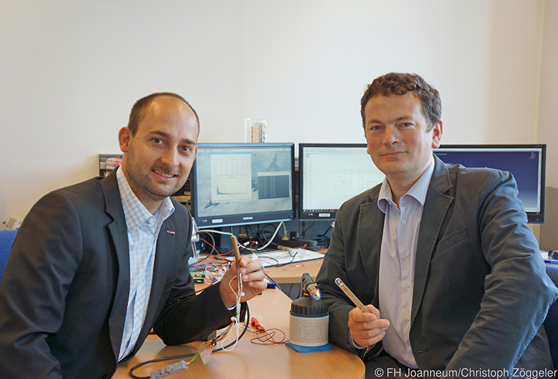 v.li.: Lukas Andracher (FH Joanneum) und Fabrice Giuliani (CBOne)