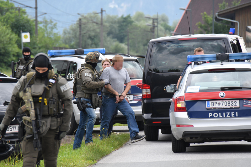 Verdächtiger wird in Kramsach abgeführt