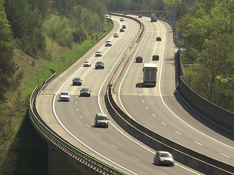 Tempo 100 Autobahn