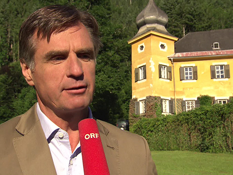 Železna Kapla tv televizija GuMö gumoe jutranja oddaja Johannes Thurn Valsassina grad graščak