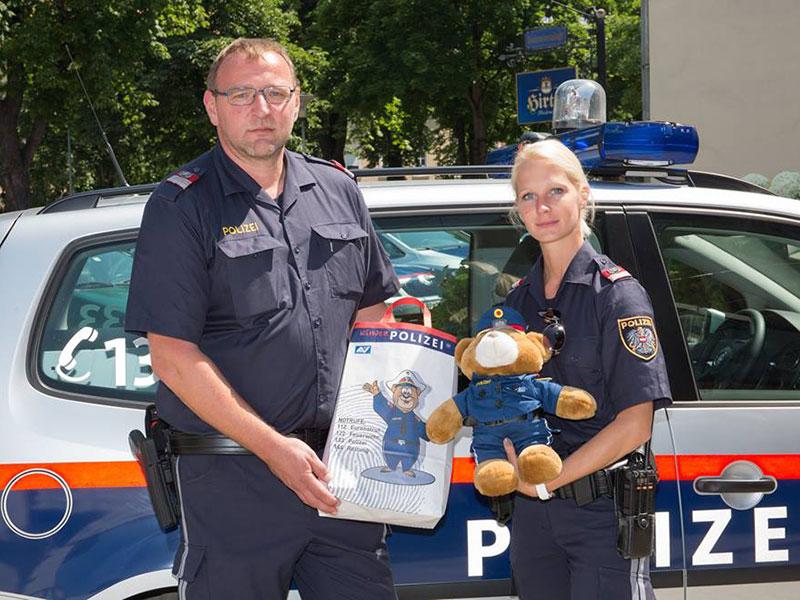 Polizeiteddybär für Leon Mutter gerettet Unfall Metnitztal
