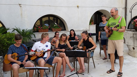 Tamburica Štikapron u Crikvenici