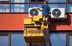 Klimaanlage Montage