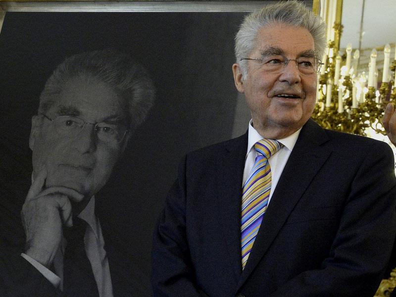 Heinz Fischer mit Portrait