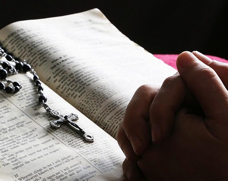 Christentum Kreuz Bibel