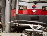 Entgleiste Straßenbahn Meidling