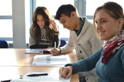 studenti jazykového kurzu   ilustrační foto