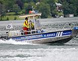 Ein Boot der Wasserrettung
