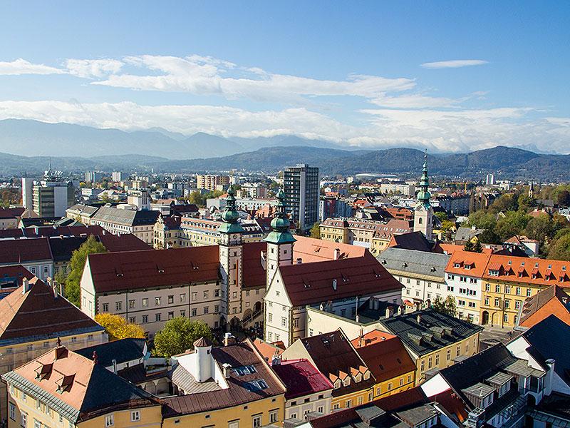 Blick Klagenfurt Stadtpfarrturm
