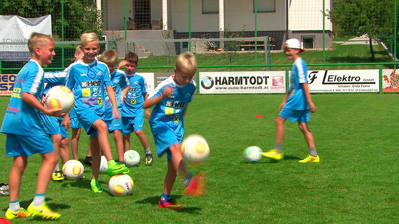 Cheerleader- und Fußballcamp im Südburgenland Fußball Tanzen