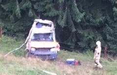 Rettungssanitäter mit Auto tödlich abgestürzt