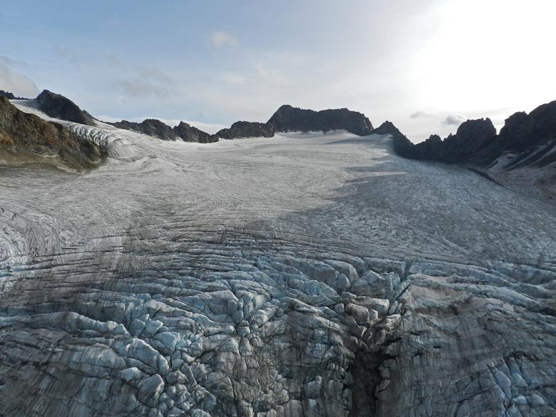 Deutscher Bergsteiger womöglich im Gletschereis gefunden