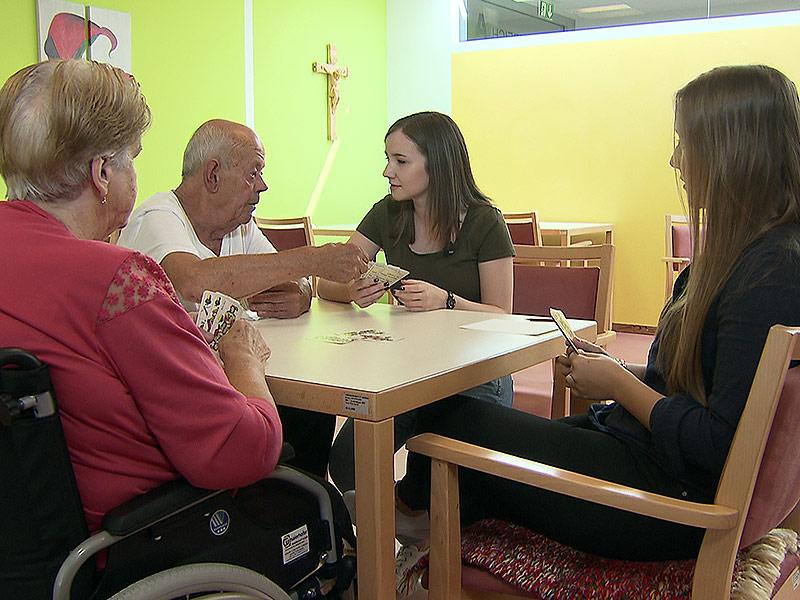 Altersheim Pflegeheim Vortrag Jugendliche