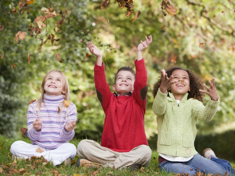 Herbst und Kinder