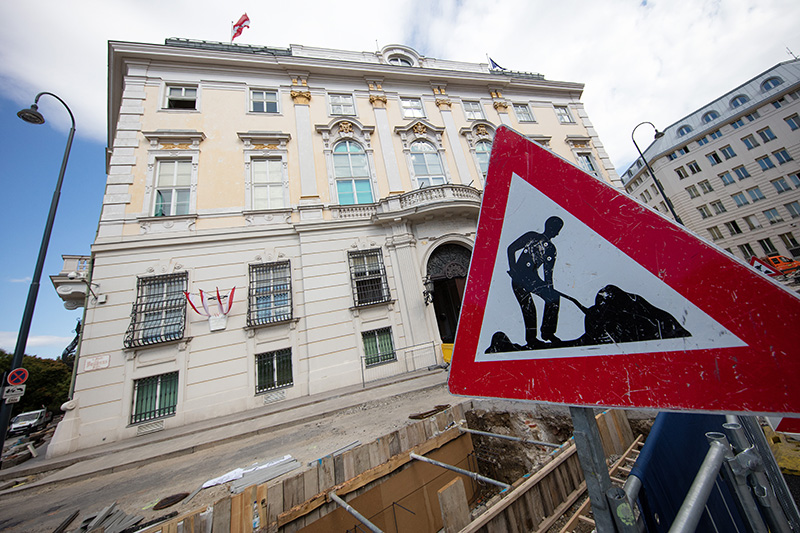 Bauarbeiten vor dem Bundeskanzleramt gestoppt