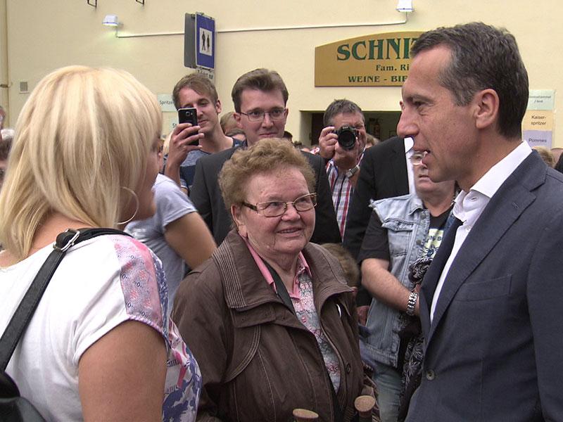 Christian Kern SPÖ Spitzenkandidat Poysdorf Wahlkampf