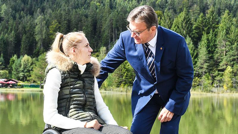 Kira Grünberg und Günther Platter