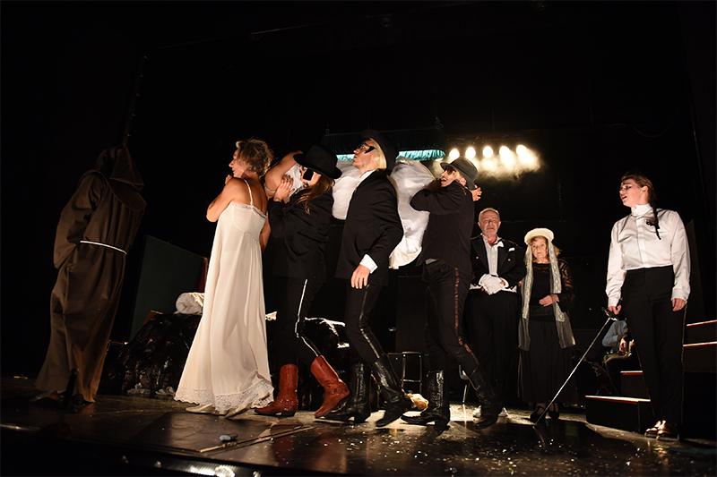 Landestheater Romeo und Julia Ensemble