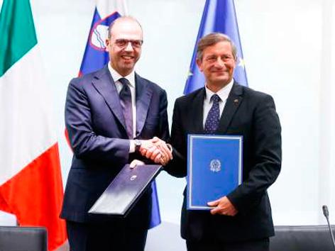 Zasedanje koordinacijski odbor Slovenija Italija zastopstvo Parlament Erjavec Alfano