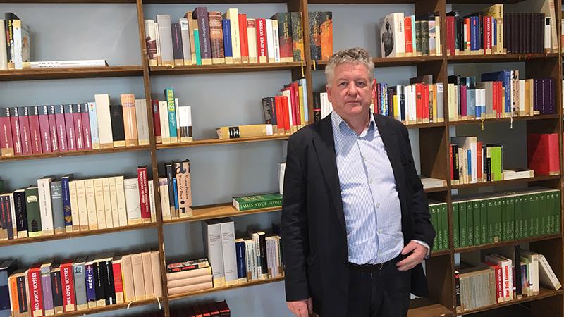 Deutschbauer Bibliothek Bücher ungelesen
