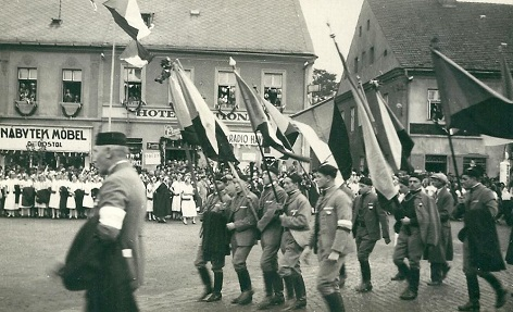 Sokolové na snímku z roku 1938 v Hlučíně